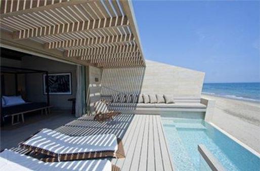 马库拉艾维纳酒店 - 曼科拉 - 游泳池
