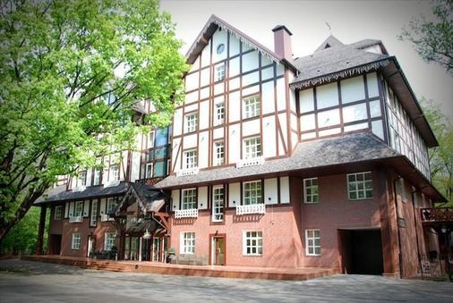 格罗西福公园酒店 - 基辅 - 建筑