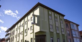 蒙特维多旅馆 - 坎加斯-德奥尼斯 - 建筑