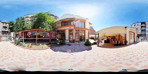 拉泰尔酒店 - 利沃夫 - 建筑