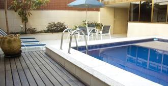 依帕内玛海滩之星迈克公寓 - 里约热内卢 - 游泳池