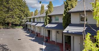 埃尔芬汽车旅馆及服务式公寓 - 伦瑟斯顿 - 建筑
