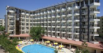 蒙特卡洛酒店 - 阿拉尼亚 - 建筑