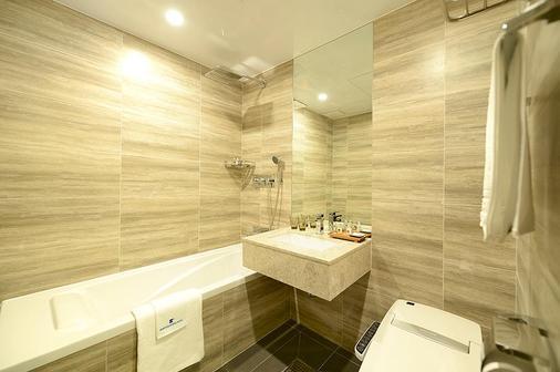 釜山商务酒店 - 釜山 - 浴室