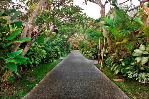 巴厘岛马哈吉利别墅 - 登巴萨 - 户外景观