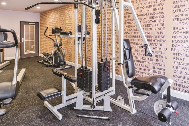 阿比林购物中心温德姆拉昆塔套房酒店 - 阿比林 - 健身房