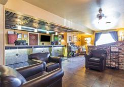 温尼马卡 - T型赌场品质酒店 - 温尼马卡 - 大厅