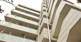 Trad酒店 - 大阪 - 建筑