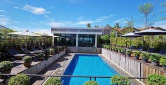 S公園設計飯店 - 万象 - 游泳池