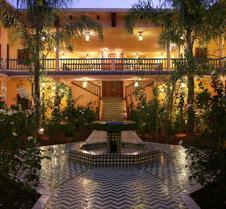 拉威拉蔓特林酒店