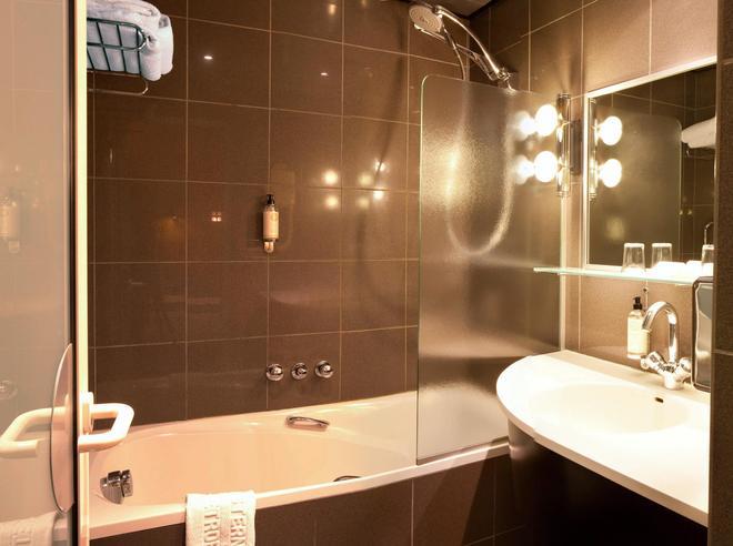 大都会西佳plus酒店 - 斯特拉斯堡 - 浴室