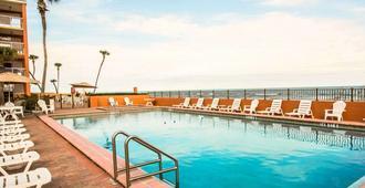 海灘凱藝飯店 - 奥蒙德海滩 - 游泳池
