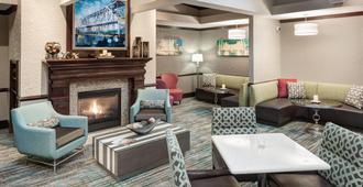 堪萨斯城乡村俱乐部广场酒店 - 堪萨斯城 - 休息厅