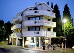 奥利瓦酒店 - 布德瓦 - 建筑