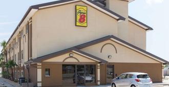 布伦瑞克-圣西蒙斯岛地区速8酒店 - 布伦瑞克 - 建筑