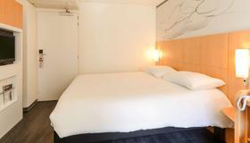 宜必思里昂帕尔杜诺乐斯酒店 - 里昂 - 睡房