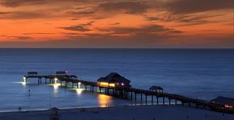 克利尔沃特码头之家 60 号海滩码头酒店 - 克利尔沃特海滩 - 户外景观