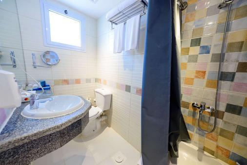 梅拉基度假村(仅限成人) - 赫尔格达 - 浴室