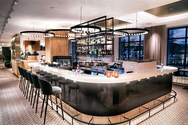 丽笙蓝光酒店-斯塔万格大西洋城 - 斯塔万格 - 酒吧