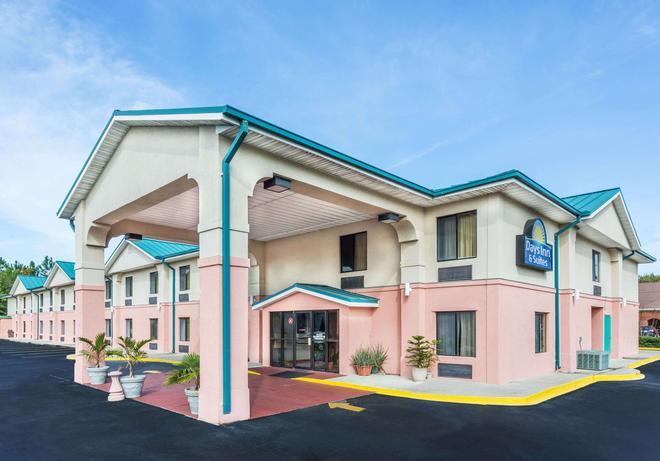 巴拿马城/卡拉威戴斯酒店 - 巴拿马城 - 建筑