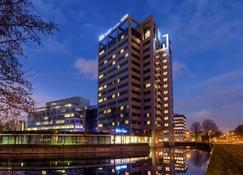 阿姆斯特丹市南宜必思快捷酒店 - 阿姆斯特尔芬 - 建筑