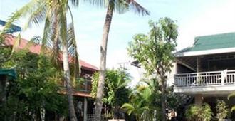 萨曼提湖度假村 - 金边 - 游泳池