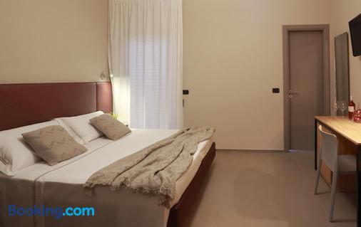 阿洛伊希酒店 - 莱切 - 睡房