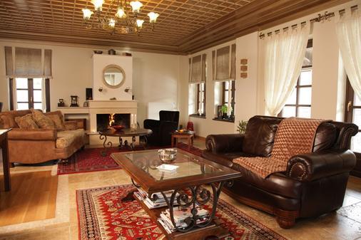 阿尔孔斯科克拉那酒店 - 约阿尼纳 - 客厅
