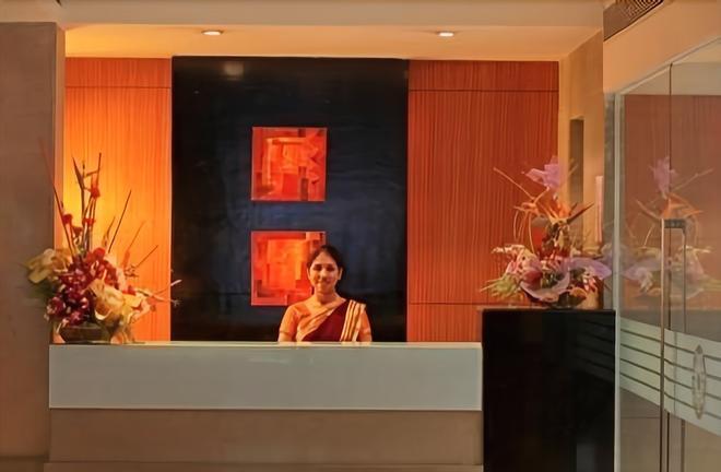 林地酒店 - 浦那 - 柜台