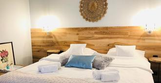 索雷雷基德加塔尔格瓦酒店 - 波兹南 - 睡房