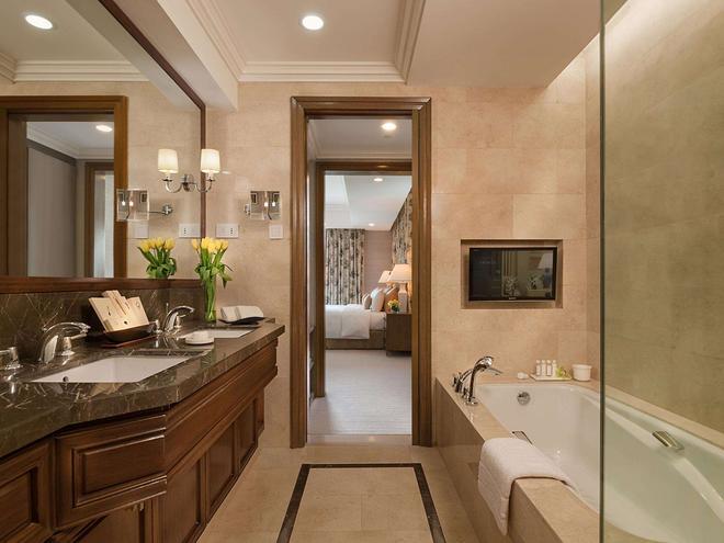 发现普里梅亚酒店 - 马卡蒂 - 浴室