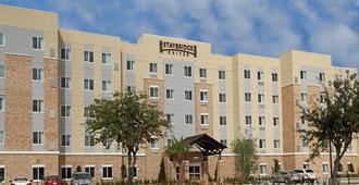 休斯顿医疗中心瑞赖安体育馆套房酒店 - 休斯顿 - 客厅