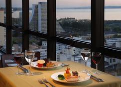 阿雷格里港埃佛勒斯酒店 - 阿雷格里港 - 餐馆