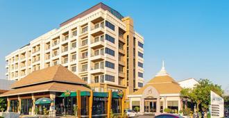 曼谷鑫套房酒店 - 曼谷 - 建筑