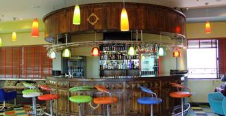 日航大厦酒店 - 达累斯萨拉姆 - 酒吧