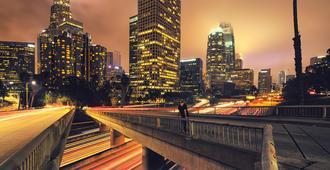 洛伊斯好莱坞酒店 - 洛杉矶 - 户外景观