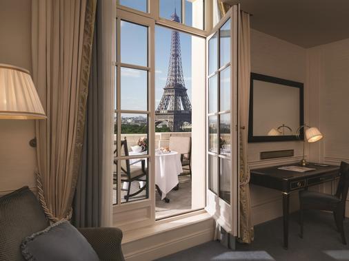 巴黎香格里拉大酒店 - 巴黎 - 睡房