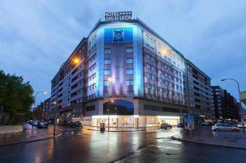 西尔肯路易德里昂酒店 - 莱昂 - 建筑