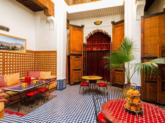 阿提克摩洛哥传统庭院住宅酒店 - 非斯