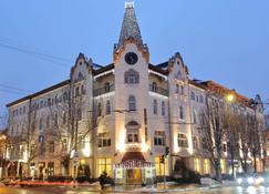 乌克兰大酒店 - 第聂伯罗彼得罗斯夫斯克 - 建筑