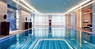 上海浦西万怡酒店 - 上海 - 游泳池