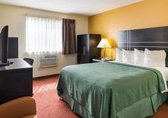 切萨皮克品质酒店 - 切萨皮克 - 睡房