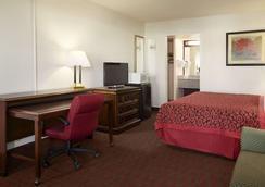 圣达菲墨西哥戴斯酒店 - 圣达菲 - 睡房