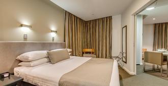 曼特拉柯林斯酒店 - 霍巴特 - 睡房