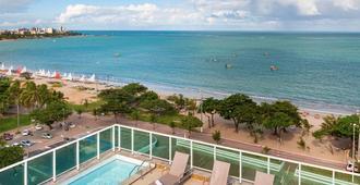 美居马赛约帕尤卡拉酒店 - 马塞约 - 游泳池