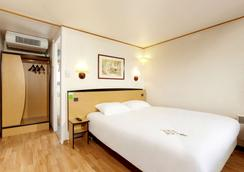 圣康铂酒店 - 桑特 - 睡房