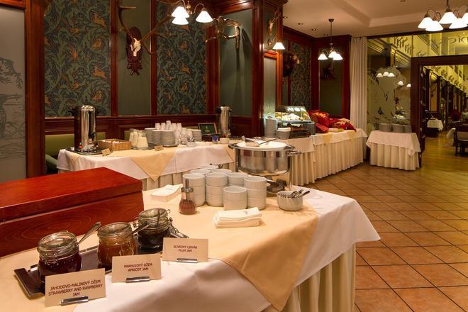 阿波罗布拉迪斯拉发大酒店 - 布拉迪斯拉发 - 自助餐