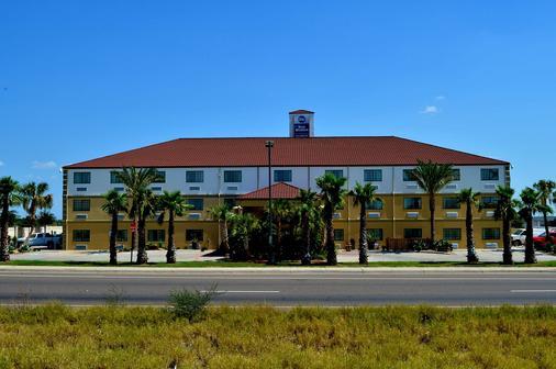 圣伊西德罗旅馆贝斯特韦斯特酒店 - 拉雷多 - 建筑