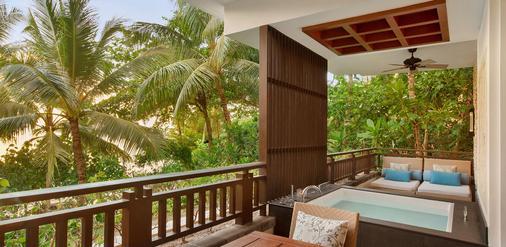 香格里拉长滩岛度假酒店 - 长滩岛 - 阳台