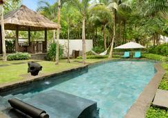 香格里拉长滩岛度假酒店 - 长滩岛 - 游泳池